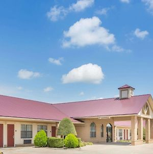 Days Inn By Wyndham Lonoke photos Exterior