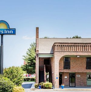Days Inn By Wyndham Tappahannock photos Exterior