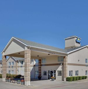 Days Inn By Wyndham Mesquite Rodeo Tx photos Exterior