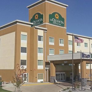 La Quinta Inn & Suites By Wyndham Dickinson photos Exterior