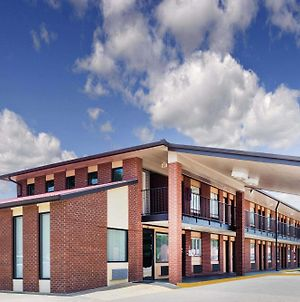 Super 8 By Wyndham Chattanooga Ooltewah photos Exterior
