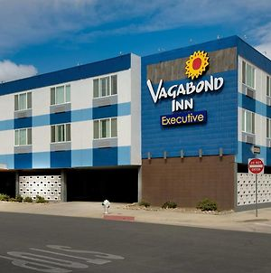 Vagabond Inn Executive Bakersfield Downtowner photos Exterior