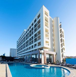 Tryp Lisboa Caparica Mar photos Exterior