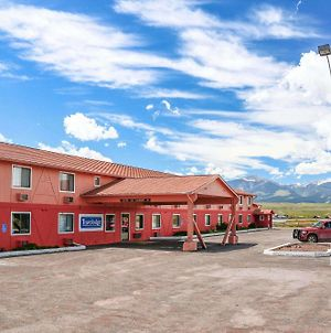 Travelodge By Wyndham Deer Lodge Montana photos Exterior
