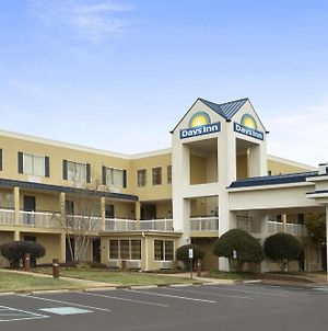 Days Inn By Wyndham Chattanooga/Hamilton Place photos Exterior