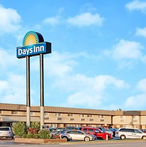 Days Inn By Wyndham Elk Grove Village O'Hare Airport West photos Exterior