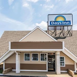 Days Inn By Wyndham Vernon photos Exterior