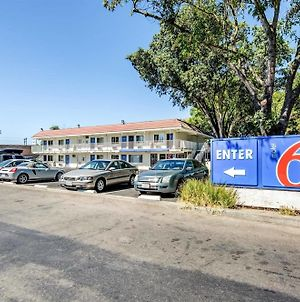 Motel 6-Stockton, Ca - North photos Exterior