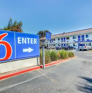 Motel 6 Stockton - Charter Way West photos Exterior