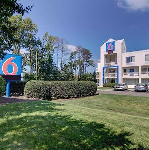 Motel 6 Virginia Beach photos Exterior