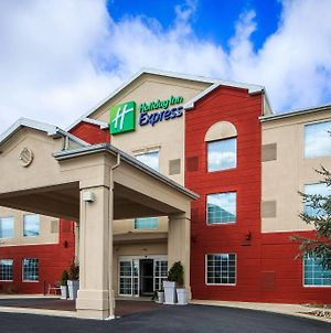 Holiday Inn Express And Suites Reading photos Exterior