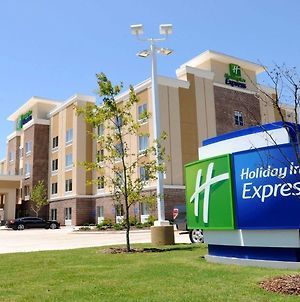 Holiday Inn Express Covington-Madisonville photos Exterior