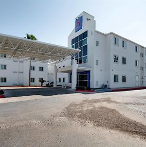 Motel 6 Brownsville photos Exterior