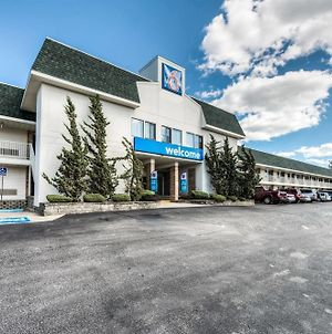 Motel 6 New London - Niantic photos Exterior