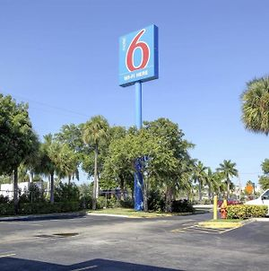 Motel 6-Lantana, Fl photos Exterior