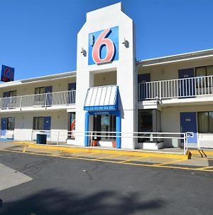 Motel 6 Springfield Chicopee photos Exterior