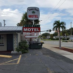 Three Oaks Motel - Titusville photos Exterior
