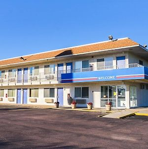 Motel 6 Mitchell photos Exterior