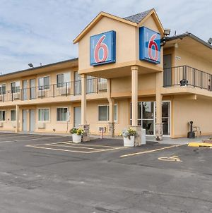 Motel 6 Oshkosh photos Exterior