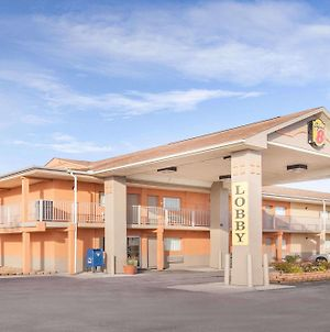 Super 8 By Wyndham Millbury/Toledo photos Exterior