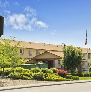 Super 8 By Wyndham Kennewick photos Exterior