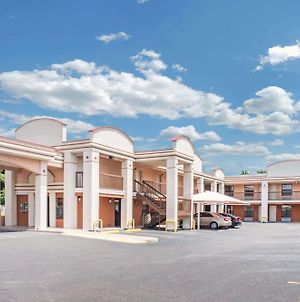 Days Inn By Wyndham Mcallen photos Exterior