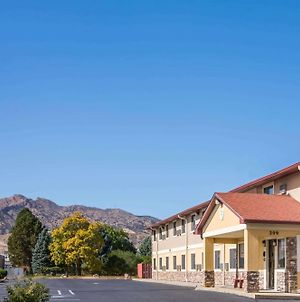 Super 8 By Wyndham Canon City photos Exterior