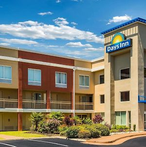 Days Inn By Wyndham Florence Near Civic Center photos Exterior