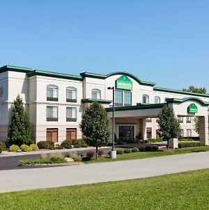 Wingate By Wyndham Vienna/Parkersburg photos Exterior