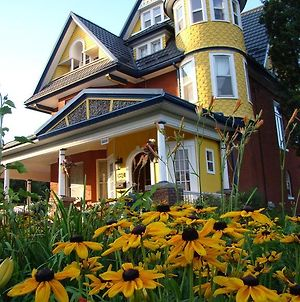 A Moment In Time Bed & Breakfast photos Exterior
