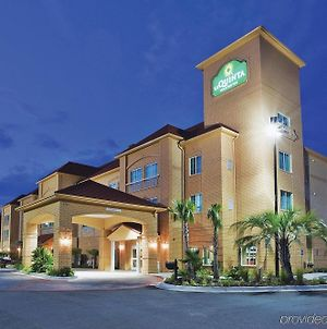 La Quinta Inn & Suites By Wyndham Hinesville - Fort Stewart photos Exterior