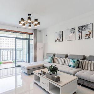 702 Huxin Xiaozhu Apartment photos Exterior