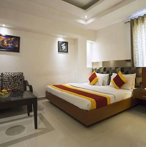 Hotel Krishna Deluxe-By Rcg Hotels photos Exterior