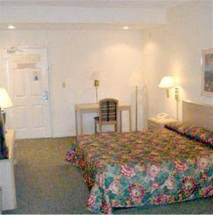 Baymeadows Inn & Suites photos Room