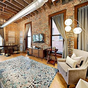 Rare Find 1820 Luxury 203 Lofts Steps To Broadway-Sleeps 4 photos Exterior