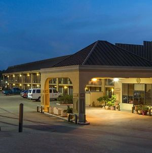Super 8 By Wyndham Longview/North photos Exterior