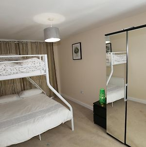 Lovely 2 Beds Woolwich Centre Apartment, London photos Exterior