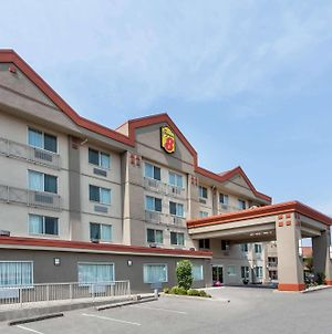 Super 8 By Wyndham Abbotsford Bc photos Exterior