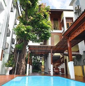Sripat Guesthouse photos Exterior