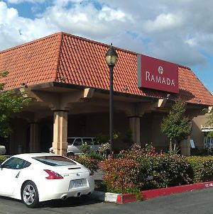 Ramada By Wyndham Fresno North photos Exterior