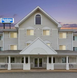 Travelodge Suites By Wyndham Saint John photos Exterior