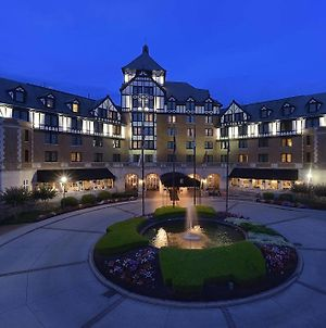 Hotel Roanoke & Conference Ctr, Curio Collection By Hilton  photos Exterior