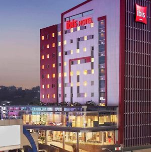 Ibis Manado City Center Boulevard photos Exterior