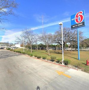 Motel 6-Kerrville, Tx photos Exterior