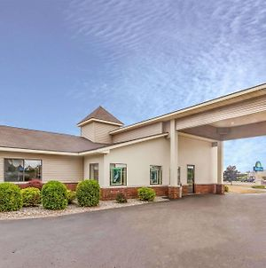 Days Inn By Wyndham Alpena photos Exterior