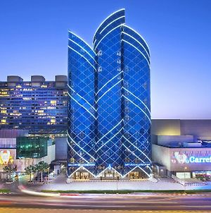 City Seasons Towers Hotel Bur Dubai photos Exterior