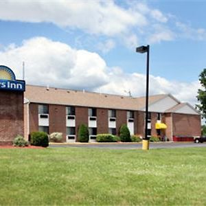 Days Inn By Wyndham Keene Nh photos Exterior