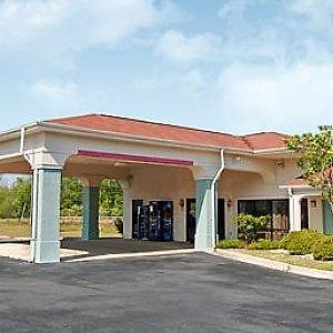 Americas Best Value Inn & Suites Sumter photos Exterior