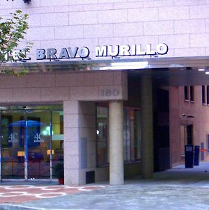 4C Bravo Murillo photos Exterior