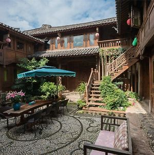 Blossom Hill Inn Lijiang Lotusland photos Exterior